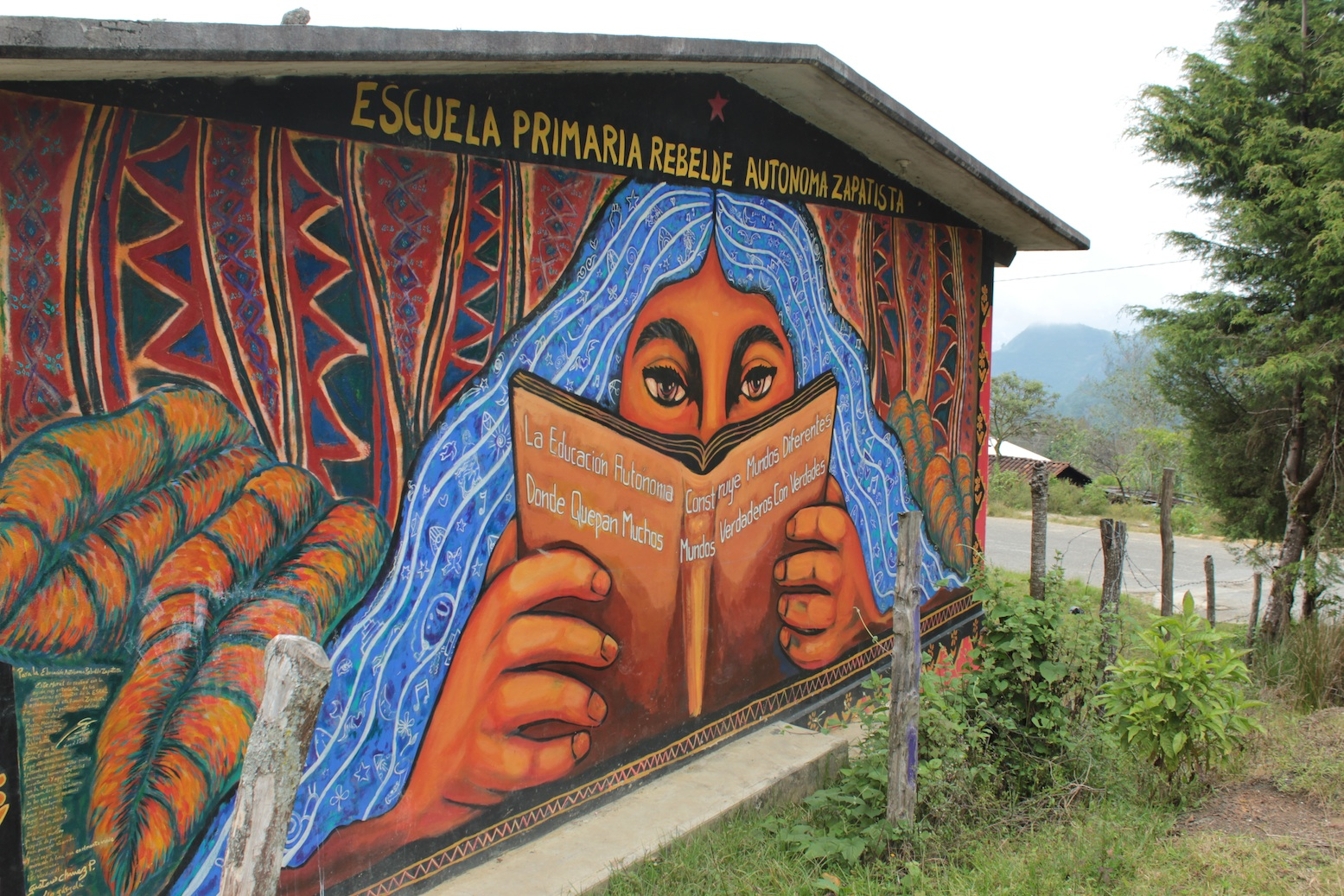 Graffiti enlivened learning for Mural zapatista
